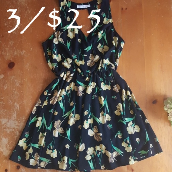 Lush Dresses & Skirts - Lush dress. Black with yellow flowers. Small